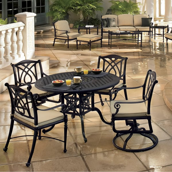 """Grand Terrace 48"""" Round Dining Table and 4 Chairs"""